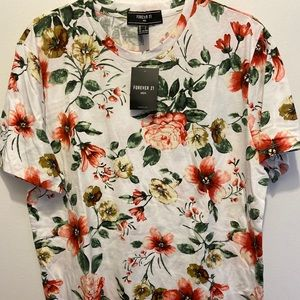 Forever 21 floral T-shirt white w/ peach flowers